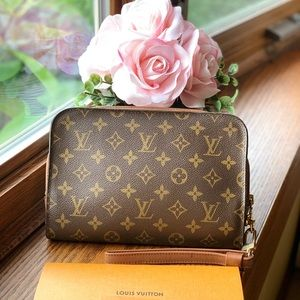 Louis Vuitton Orsay Clutch
